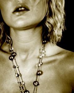 Estee Lauder Bronze Goddess Perfume Review