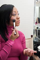 What Color Blush Should African American Women Wear