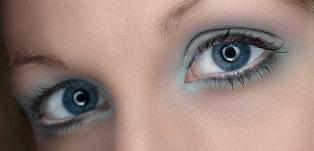 Pretty_blue_eyes2.jpg