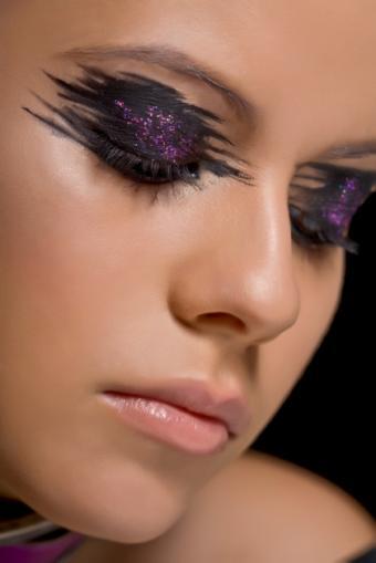 https://cf.ltkcdn.net/makeup/images/slide/87546-420x629-iStock_000008380506Small.jpg