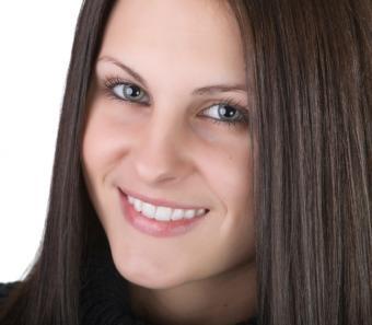 https://cf.ltkcdn.net/makeup/images/slide/87567-646x565-green-eyes-5.jpg