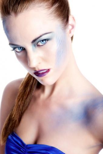 https://cf.ltkcdn.net/makeup/images/slide/87715-450x674-Fantasy2.jpg