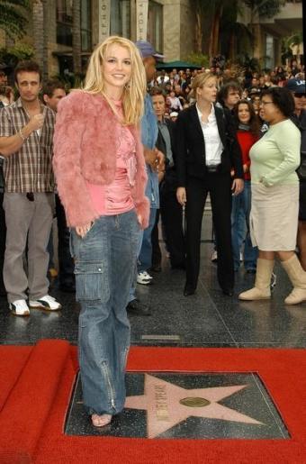 https://cf.ltkcdn.net/makeup/images/slide/87872-396x600-Britney_Spears2.jpg