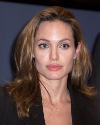 Pictures of Angelina Jolie Makeup Styles