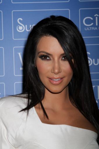 https://cf.ltkcdn.net/makeup/images/slide/88015-400x600-celeb_eye10.jpg