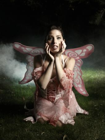 https://cf.ltkcdn.net/makeup/images/slide/88104-600x800-fairy1.jpg