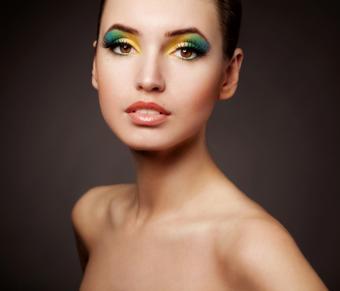 https://cf.ltkcdn.net/makeup/images/slide/92711-661x565r1-creative1.jpg