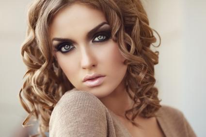 makeup model with smoky eyes