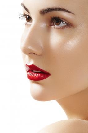 What Makeup To Use With A Red Prom Dress Lovetoknow