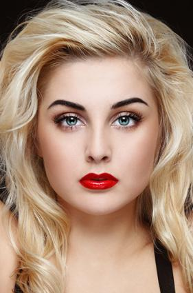 Lipstick color for fair skin blonde hair