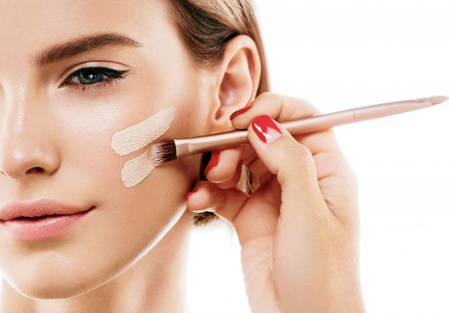 Applying natural looking foundation
