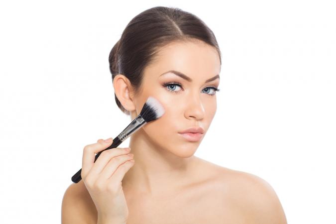 How To Apply Highlighter Makeup Step By Step Lovetoknow