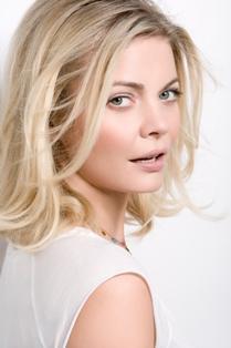 makeup artist Jemma Kidd