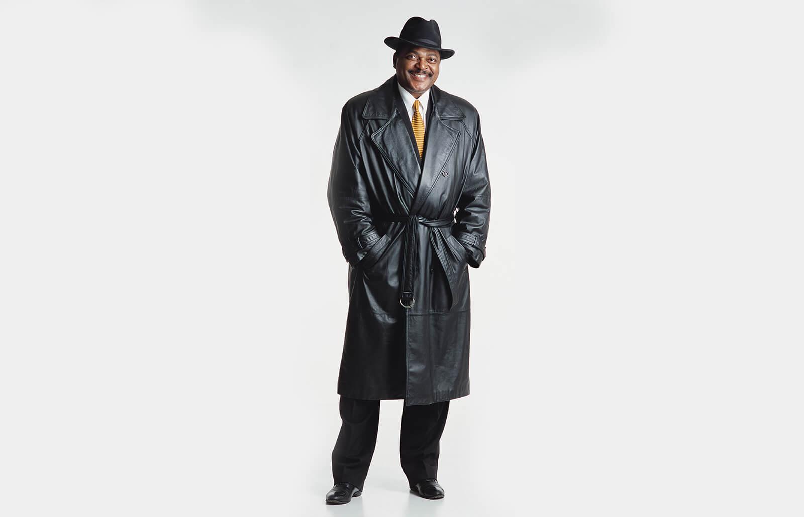 52179d031f1 Shopping Guide for Full-Length Men's Leather Trench Coats | LoveToKnow