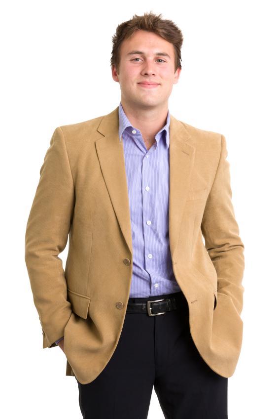https://cf.ltkcdn.net/mens-fashion/images/slide/155438-566x848r1-khaki-jacket-dark-pants.jpg