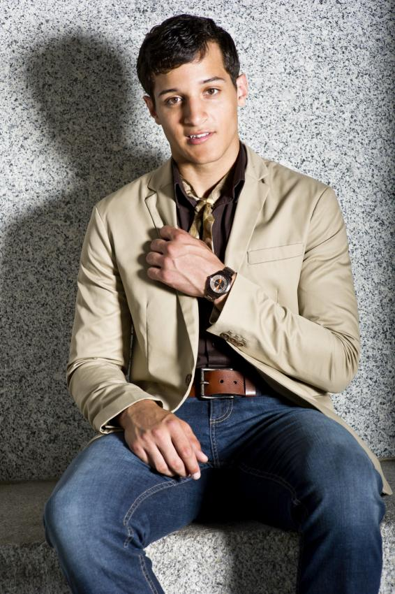 https://cf.ltkcdn.net/mens-fashion/images/slide/155440-566x850r1-jeans-brown-khaki.jpg