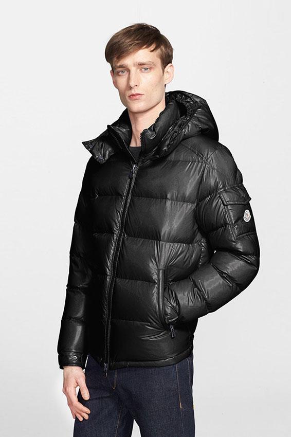 https://cf.ltkcdn.net/mens-fashion/images/slide/197776-566x850-moncler-maya-lacquered-down-jacket.jpg