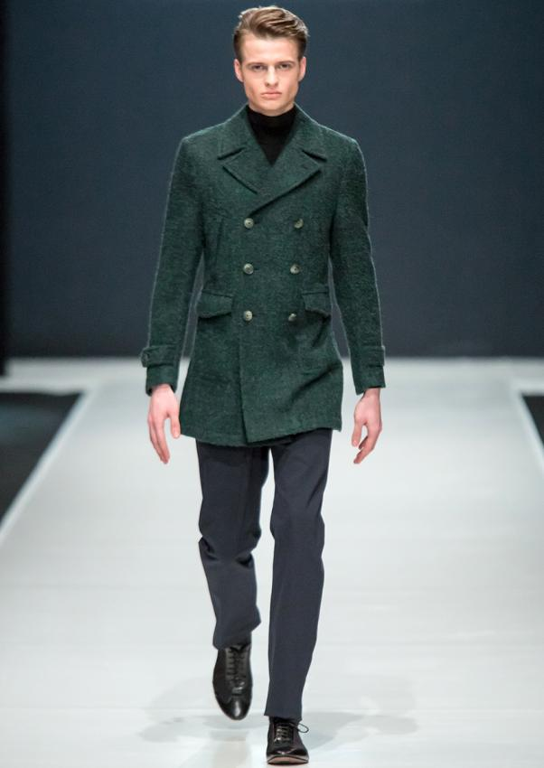 https://cf.ltkcdn.net/mens-fashion/images/slide/198916-602x850-designer13_jacketcrop.jpg
