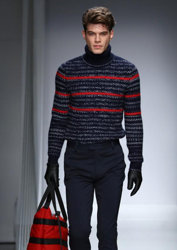 https://cf.ltkcdn.net/mens-fashion/images/slide/198921-602x850-designer15_sweatercrop.jpg
