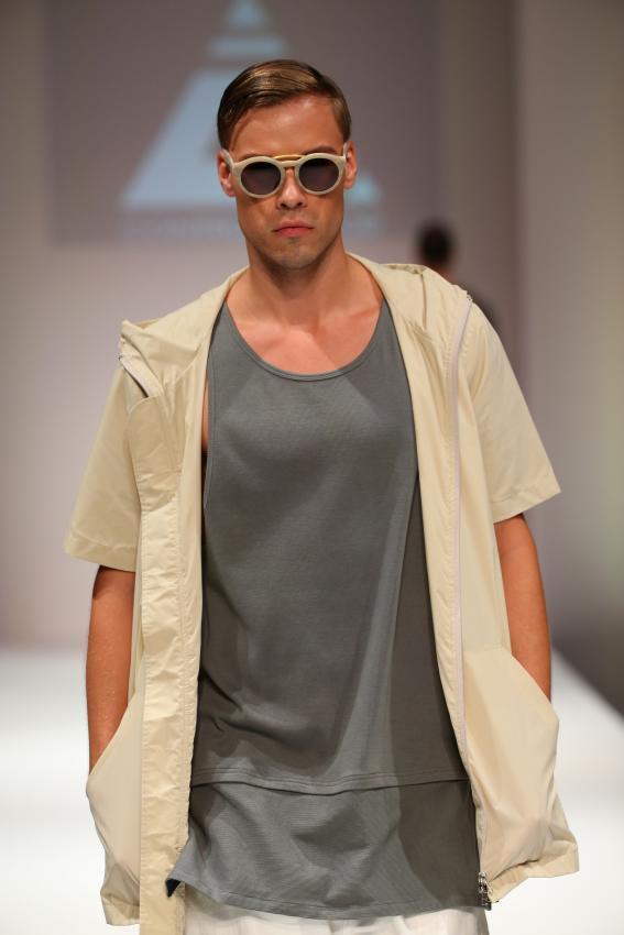 https://cf.ltkcdn.net/mens-fashion/images/slide/202666-567x850-summer10.jpg