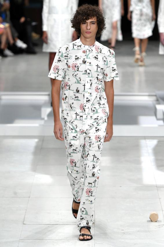 https://cf.ltkcdn.net/mens-fashion/images/slide/202672-566x850-summer16.jpg