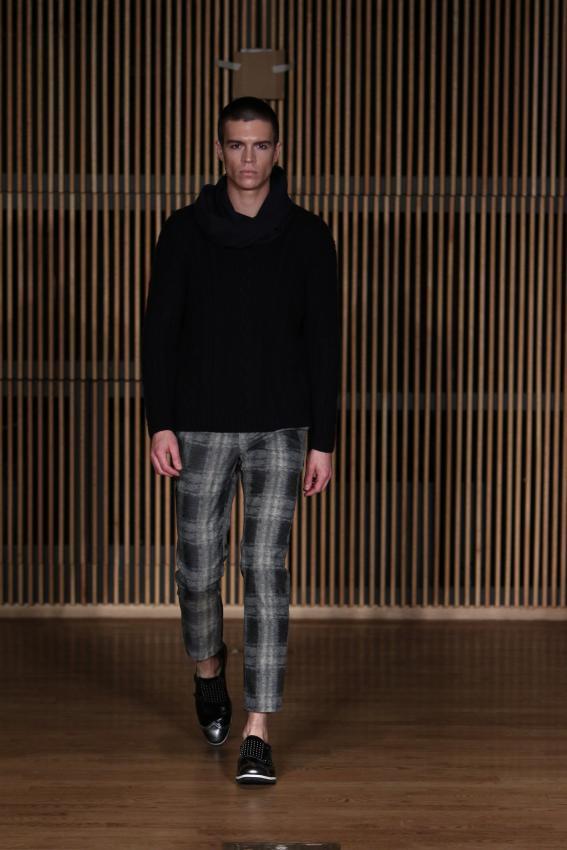 https://cf.ltkcdn.net/mens-fashion/images/slide/207033-567x850-80smanspants.jpg
