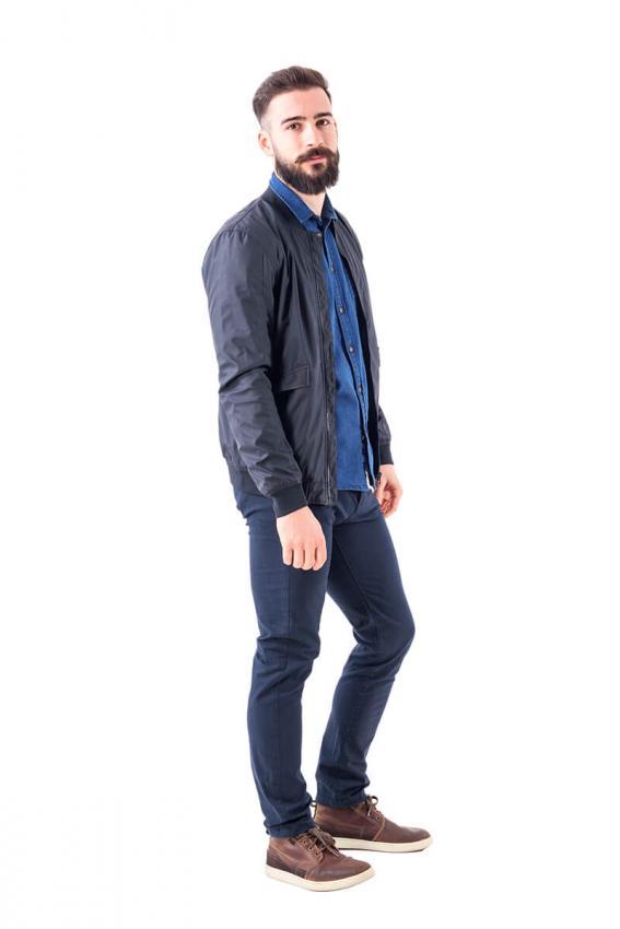 https://cf.ltkcdn.net/mens-fashion/images/slide/232588-567x850-mod-10.jpg