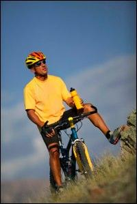 https://cf.ltkcdn.net/mens-fashion/images/slide/48909-200x299-BikeShorts6.jpg
