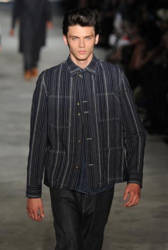 https://cf.ltkcdn.net/mens-fashion/images/slide/135723-402x600r1-Rag-stripe.jpg