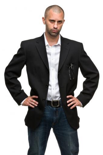https://cf.ltkcdn.net/mens-fashion/images/slide/155434-566x848r1-sport-coat-jeans.jpg