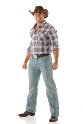 https://cf.ltkcdn.net/mens-fashion/images/slide/156728-566x848r1-bootcut-guys-jeans.jpg