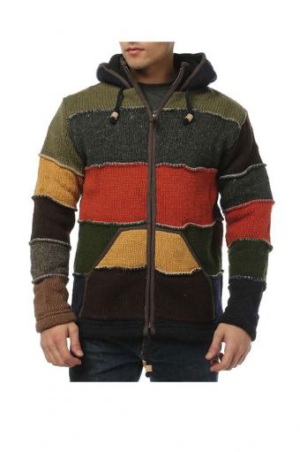 https://cf.ltkcdn.net/mens-fashion/images/slide/197653-566x850-Laundromat-Mens-Patchwork-Fleece-Lined-Sweater.jpg
