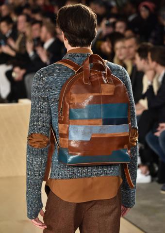https://cf.ltkcdn.net/mens-fashion/images/slide/198922-602x850-designer16_bagcrop.jpg