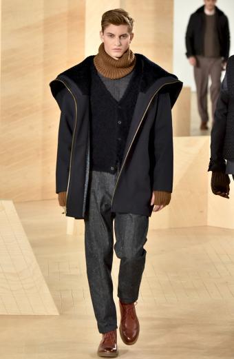 https://cf.ltkcdn.net/mens-fashion/images/slide/199547-554x850-cardigan8_blackcrop.jpg