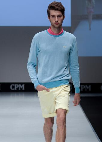 https://cf.ltkcdn.net/mens-fashion/images/slide/199730-615x850-casual7_golfcrop.jpg