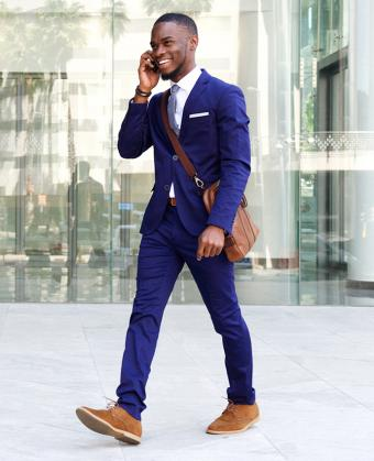 https://cf.ltkcdn.net/mens-fashion/images/slide/200282-690x850-Businessman-in-blue-suit.jpg