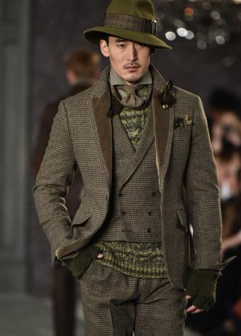 https://cf.ltkcdn.net/mens-fashion/images/slide/202408-610x850-modelpocket_crop.jpg