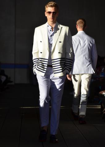 https://cf.ltkcdn.net/mens-fashion/images/slide/202411-610x850-hilfiger_crop.jpg
