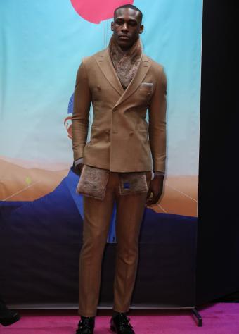 https://cf.ltkcdn.net/mens-fashion/images/slide/202416-610x850-stephenf_crop.jpg