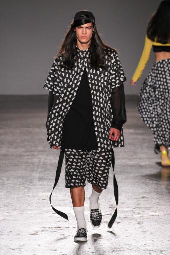 https://cf.ltkcdn.net/mens-fashion/images/slide/202662-567x850-summer05.jpg