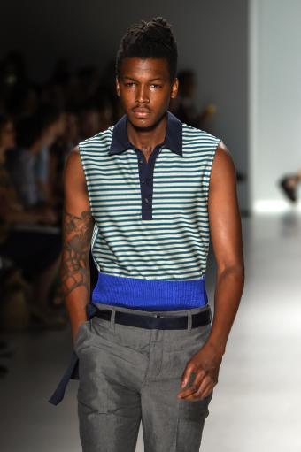https://cf.ltkcdn.net/mens-fashion/images/slide/202670-566x850-summer14.jpg