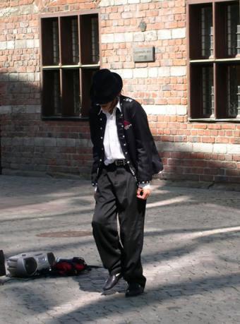 Michael Jackson impersonator wearing 80's fashion