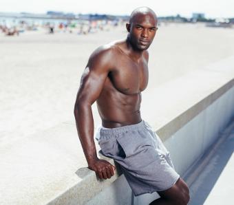 https://cf.ltkcdn.net/mens-fashion/images/slide/253991-850x744-3-hot-guys-shorts.jpg