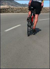 https://cf.ltkcdn.net/mens-fashion/images/slide/48911-200x272-BikeShorts8.jpg