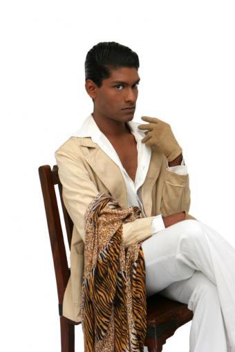 https://cf.ltkcdn.net/mens-fashion/images/slide/49048-566x848-iStock_000000900865Small.jpg