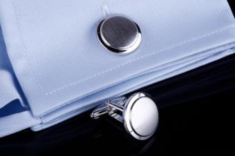 https://cf.ltkcdn.net/mens-fashion/images/slide/49330-849x565-Links_on_Blue.jpg