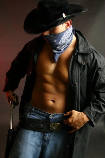 https://cf.ltkcdn.net/mens-fashion/images/slide/49357-566x848-cowboyBadGuy.jpg