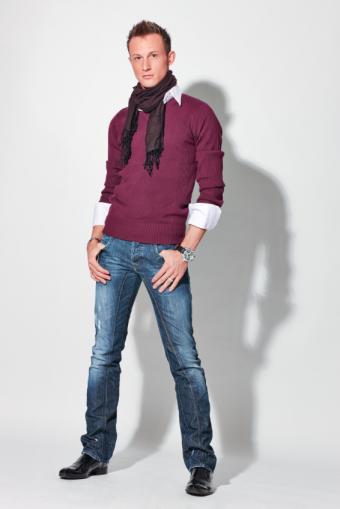 https://cf.ltkcdn.net/mens-fashion/images/slide/49399-566x848-Handsome.jpg