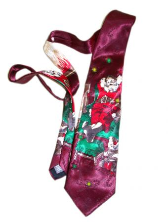 https://cf.ltkcdn.net/mens-fashion/images/slide/49413-600x800-Santa_Tie.jpg