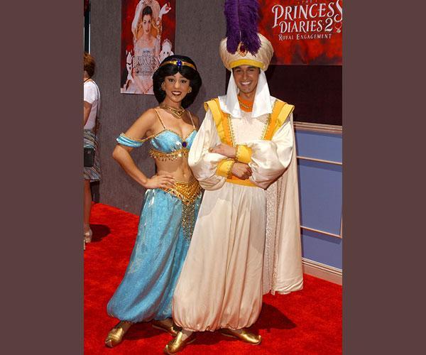 https://cf.ltkcdn.net/movies/images/slide/213081-600x500-Aladdin-image.jpg